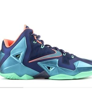 Lebron 11 Miami VS Akron Sneakers Sz 10.5